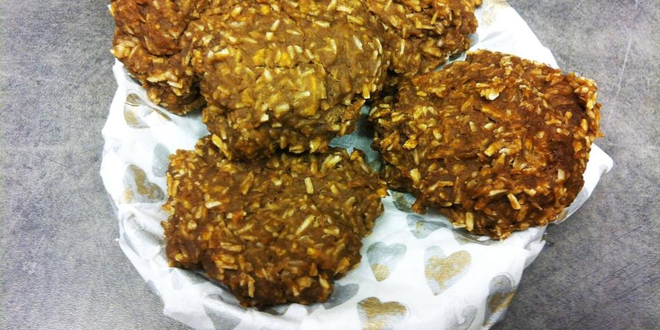Eple- og rosincookies