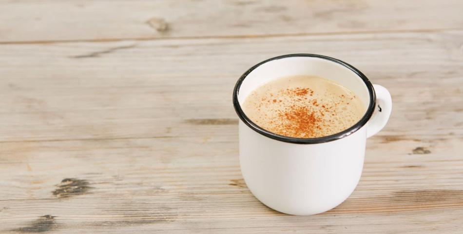 Kopp med Bulletproof chai-te